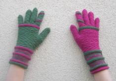 Io gloves